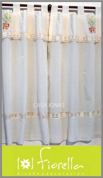 Cortina de cocina con bordado Fiorella,  2 paños de 1.25m x 1.25m